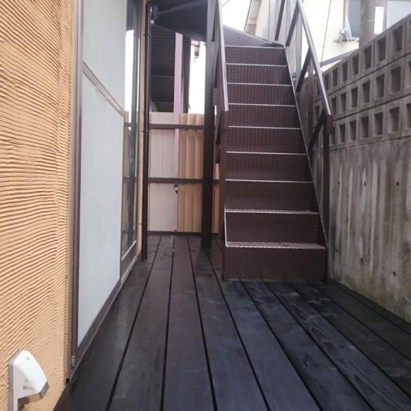 ウッドデッキ、外階段塗装